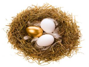 Golden-Easter-Egg-in-Nest